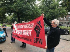 Bond Precaire Woonvormen voert actie op het Minervaplein